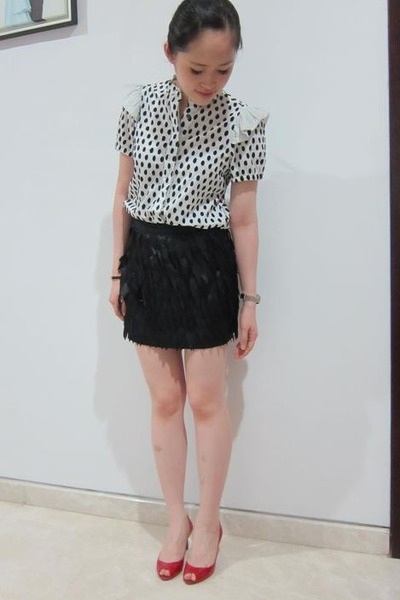 white M by MJ shirt - black Topshop skirt - red CL shoes
