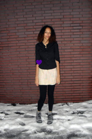 yellow thrifted skirt - black H&M leggings - gray H&M DIY spraypaint boots - bla