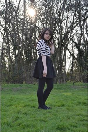 black skater skirt Zara skirt - light pink H&M top