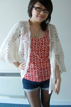 navy cut off shorts DIY shorts - red new look vest - ivory crochet kimono Topsho