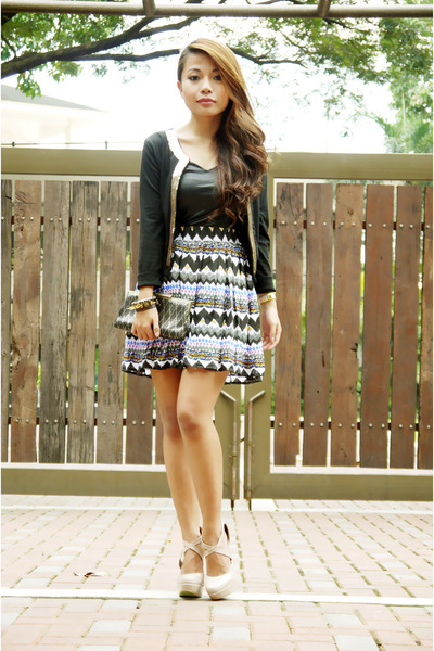dark gray aztec print Love Humbly Shop skirt