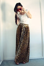 Light-brown-leopard-print-minkpink-skirt-white-pins-and-needles-top