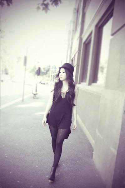 black trimapee dress - black Zara hat - black Messeca wedges