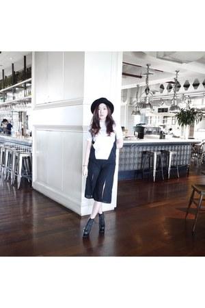 black culotte vera hailie pants - white vera hailie top