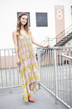 printed Lulus dress