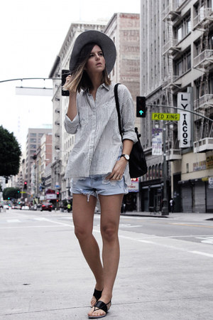striped abercrombie and fitch shirt