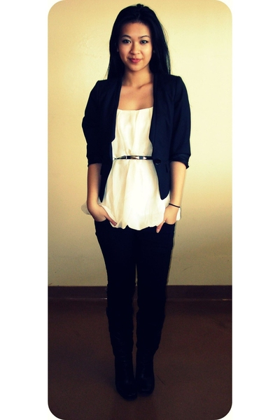 blazer - blouse - studded belt - pants - boots