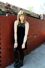 Black-troopa-steve-madden-boots-black-velvet-urban-outfitters-dress