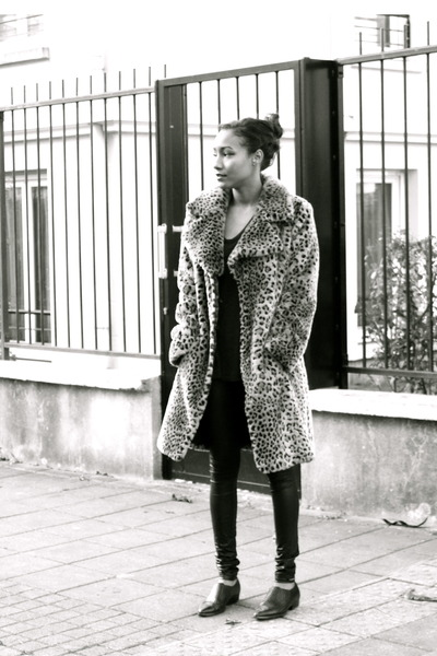 brown Arden B coat - black Members Only leggings - black thrifted loafers