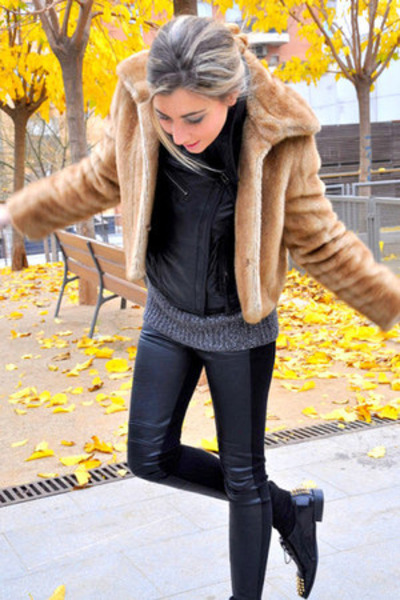 black Zara jacket - black Mango shoes - dark khaki peletería zaragoza coat
