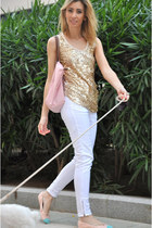 gold storets top - bubble gum longchamp bag - white Zara pants
