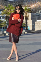 brick red Zara jumper - ruby red Chanel bag - brown Ray Ban sunglasses