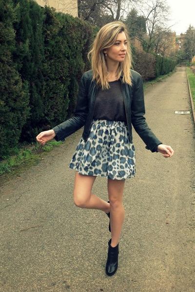 turquoise blue MINUSEY skirt - black Mango jacket - heather gray Zara shirt