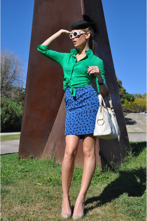 navy Cacharel vintage skirt - black vintage hat - chartreuse Mango shirt