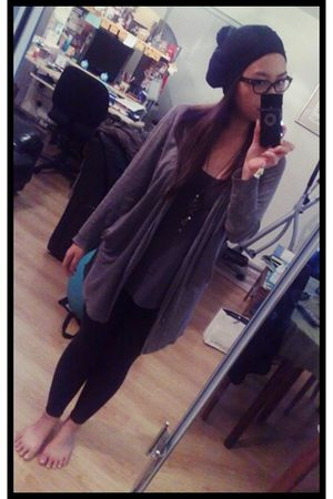 black H&M hat - brown banana republic cardigan - gray H&M top - black TNA leggin