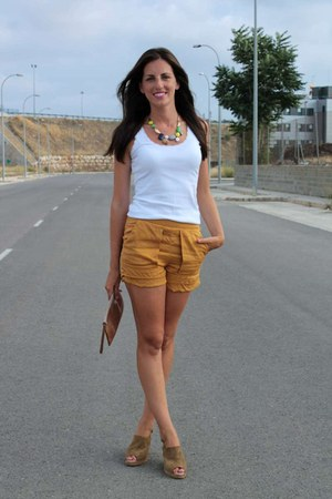 tawny Bimba & Lola bag - Zara shorts - bronze Gaimo sandals - white H&M t-shirt