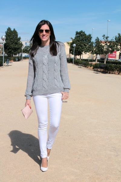 white Zara heels - heather gray suiteblanco sweater