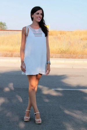 white The Desire Shop dress - white pieces bag - light pink Pull & Bear sandals