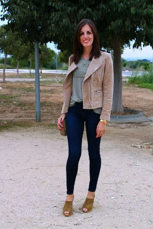 tan Mango jacket - navy Tiffosi jeans - dark khaki The Hip Tee shirt