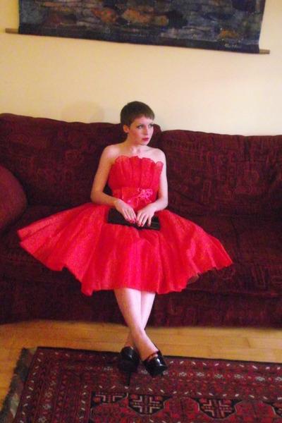black thrifted bag - red vintage dress - black new look heels