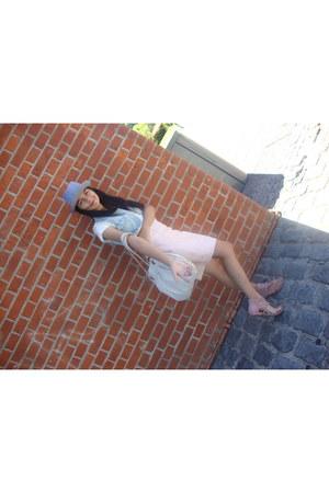 panama hat - rosa skirt