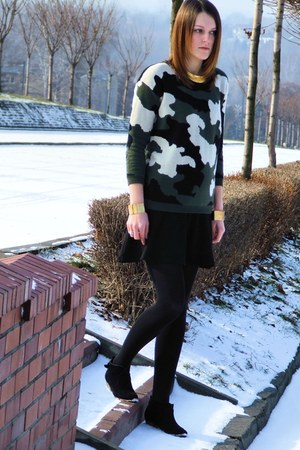 Sheinside sweater - New Yorker boots - conte tights - F&F skirt - Iloko bracelet