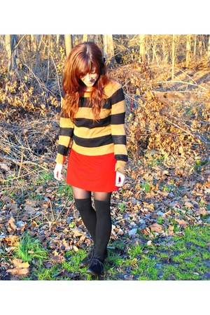 black H&M sweater - dark brown H&M sweater - black Old Navy shoes