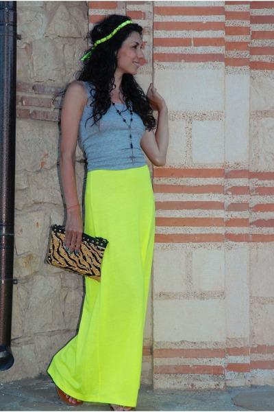 lime green Lipsy skirt - camel animal print Zara bag - heather gray H&M vest