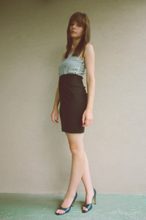 blue vintage 1950s shoes - black pencil mini American Apparel skirt - blue top