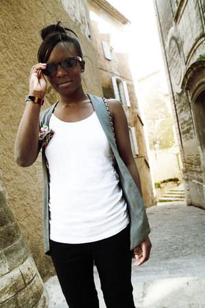 Alexander Wang top - Zara jeans - Chanel bag