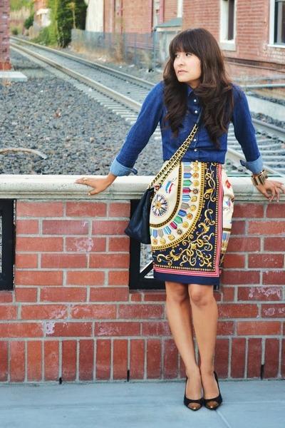 vintage skirt - H&M shirt - vintage purse - DIY heels