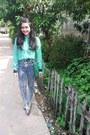 Green-kanvas-flower-yongki-komaladi-flats