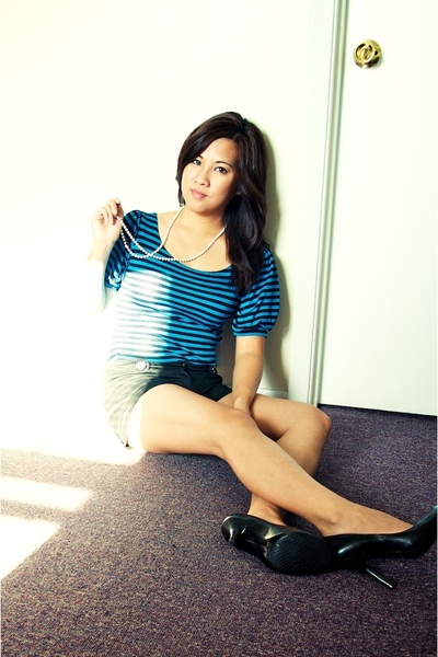 top - necklace - shorts - Jessica Simpson shoes