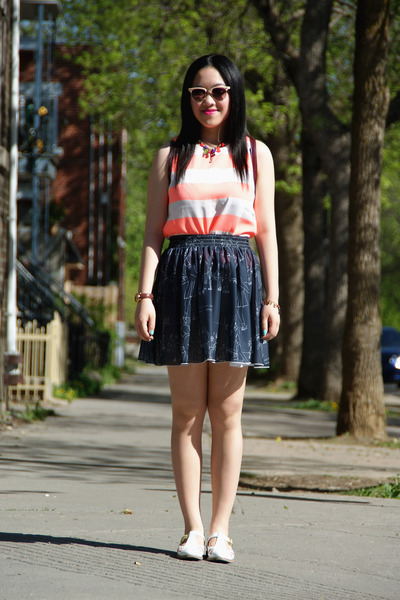 gray American Apparel skirt