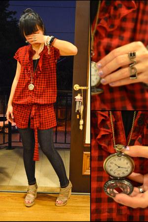 jeggings Jag jeans - tan CMG wedges - ruby red Zara top - pocket watch Girl Shop