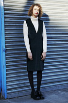 Mint Vintage shoes - Mint Vintage dress - Mint Vintage coat