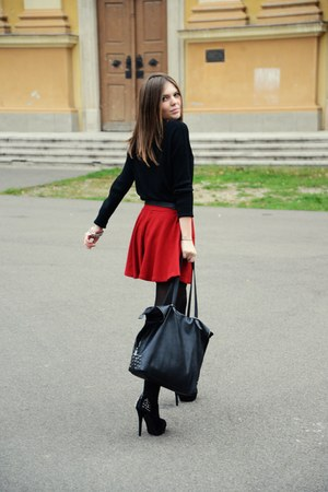 black soft Mango sweater - ruby red cute Bershka skirt