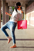 sky blue Bershka jeans - beige H&M sweater - hot pink Bershka bag