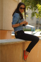 salmon no brand shoes - black Bershka jeans - light blue Levis jacket