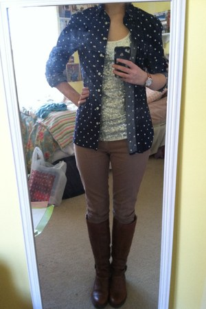 navy Gap blouse - brown Aldo boots - camel Gap jeans