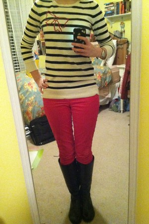 white Gap sweater - black boots - hot pink Gap pants