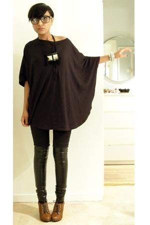 black Monki t-shirt - brown wedge lace up hm shoes - black misha leggings