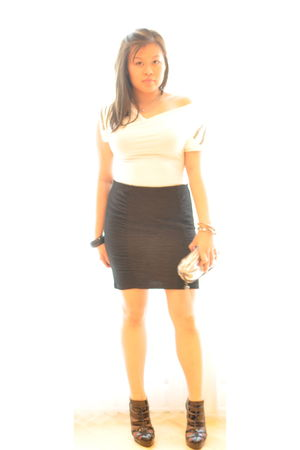 white Akira shirt - black H&M skirt - black  shoes - black Armani Exchange purse