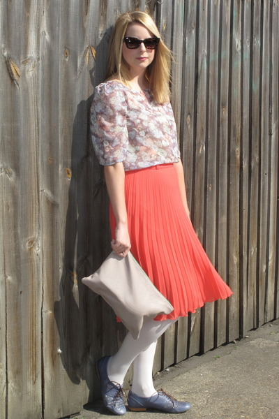 Primark skirt - American Apparel bag - cats eye asos sunglasses - Clarks flats