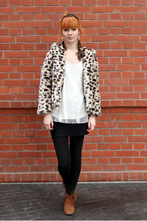 faux fur allegro coat - bronze H&M shoes - white KappAhl top