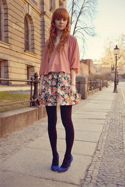 Hot Pink H M Skirt Light Sugarlips Top Blue Stradivarius Heels