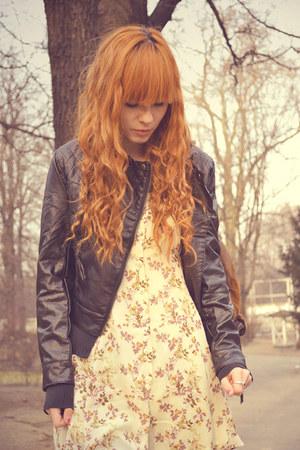 eggshell vintage dress - black leather H&M jacket - black New Yorker heels