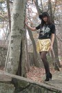 Black-the-mountain-t-shirt-gold-joyce-leslie-dress-black-aerie-tights-blac
