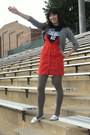 Blue-reebok-t-shirt-gray-charlotte-russe-sweater-red-h-m-dress-gray-expres