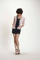pink iconia top - black unbranded - beige michelles shoes